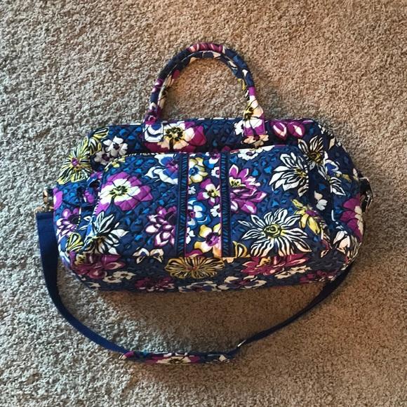 Vera Bradley Handbags - Vera Bradley weekender